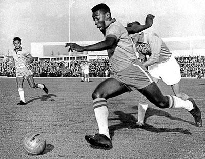 Pele Biography | Biography Online