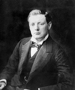 Winston_Churchill_1900