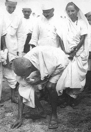 gandhi-Salt_March