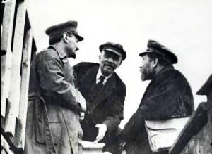 Trotsky (left) Lenin (centre)