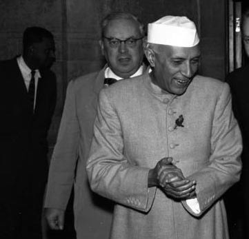 introduction of jawaharlal nehru