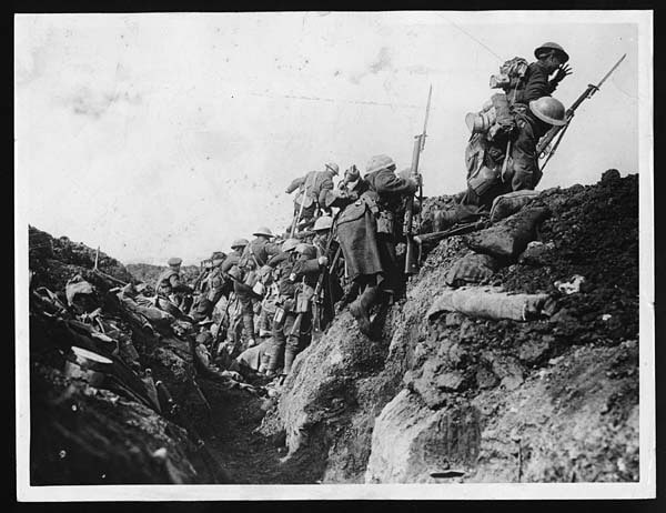 canadian-troops-over-top1-first-world-war