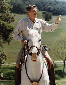 Reagan_on_horseback