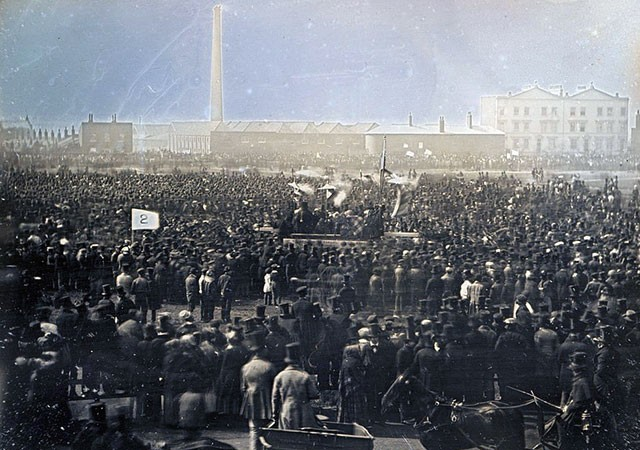 Chartist_meeting,_Kennington_Common
