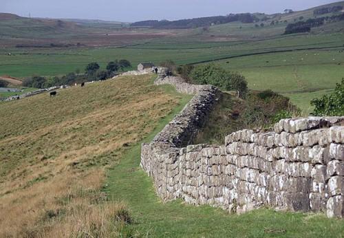 Hadrian's_wall