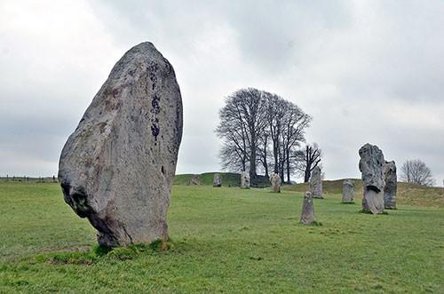 avebury-stones