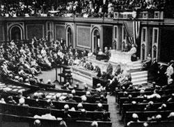 wilson-declaring-war-februari_1917