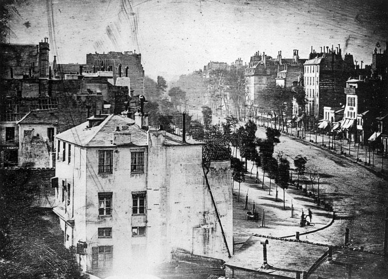 Boulevard_du_Temple_by_Daguerre_1838