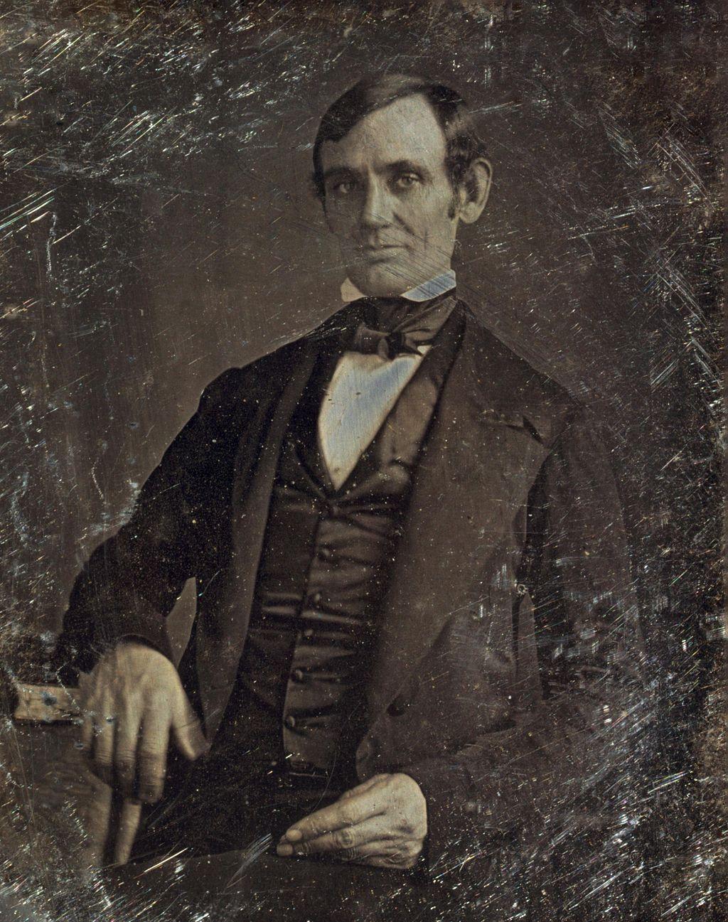 Abraham_Lincoln_daguerreotype