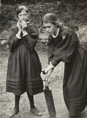 Virginia_Woolf_and_Vanessa_Bell_children